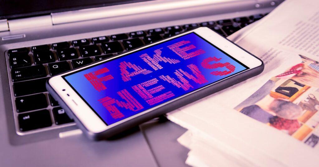 Fake News piora pandemia