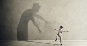 Por que setores espalham medo e paranoias para impedir a liberdade de cátedra dos professores?
