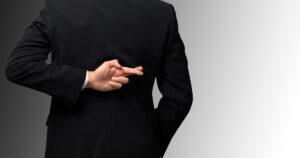 Governo mente que Reforma Administrativa não afetará atuais servidores
